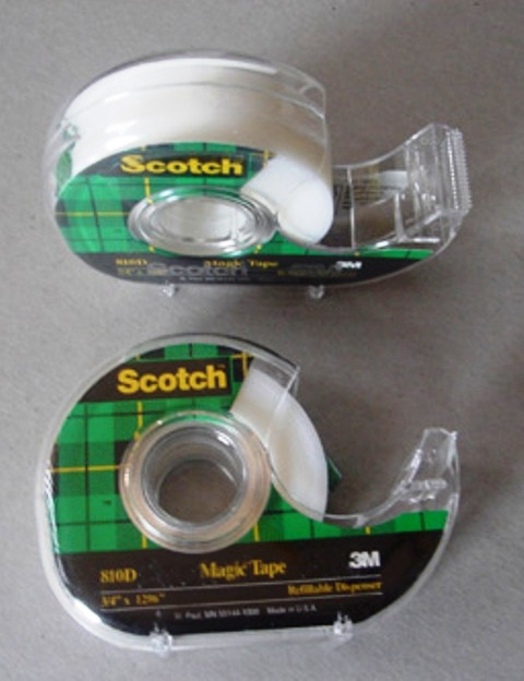 Scotch 810 Magic Tape 18mm x 33M Roll With Dispenser